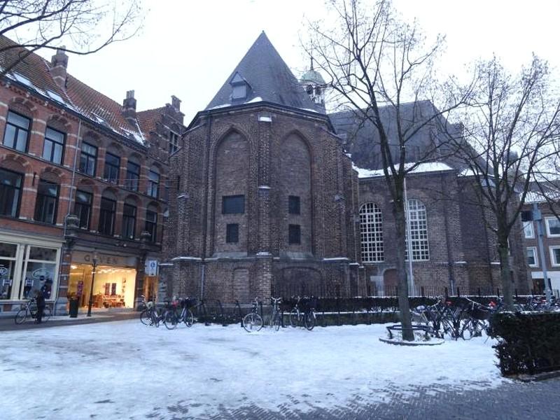 Venlo Holanda - Fundos da Catedral da Cidade