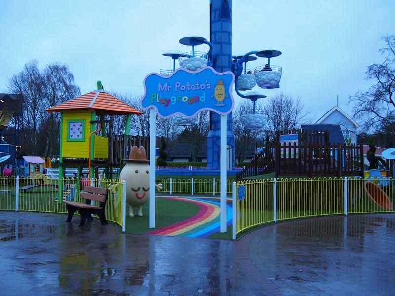 Parque da Peppa Pig (Peppa Pig World) - Brinquedos