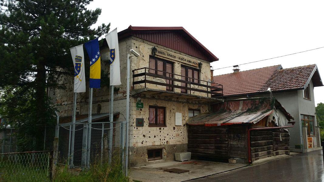 Sarajevo Bosnia e Herzegovina - Túnel da Esperança, lugar de acesso e fuga durante a guerra da Bósnia nos anos 90