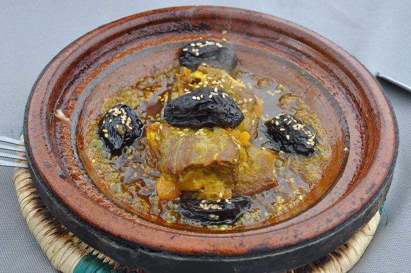 Viagem Ait-Ben-Haddou Ouarzazate Marrocos - Tajine de Carne com Frutas Secas