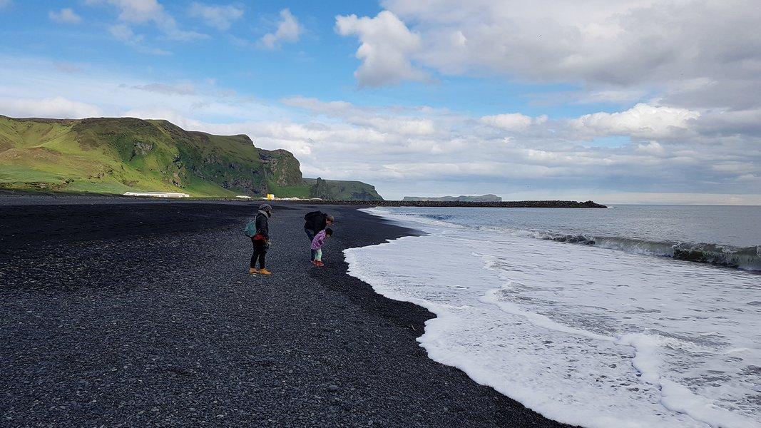 As praias de areia preta da Islândia - Ligado em Viagem