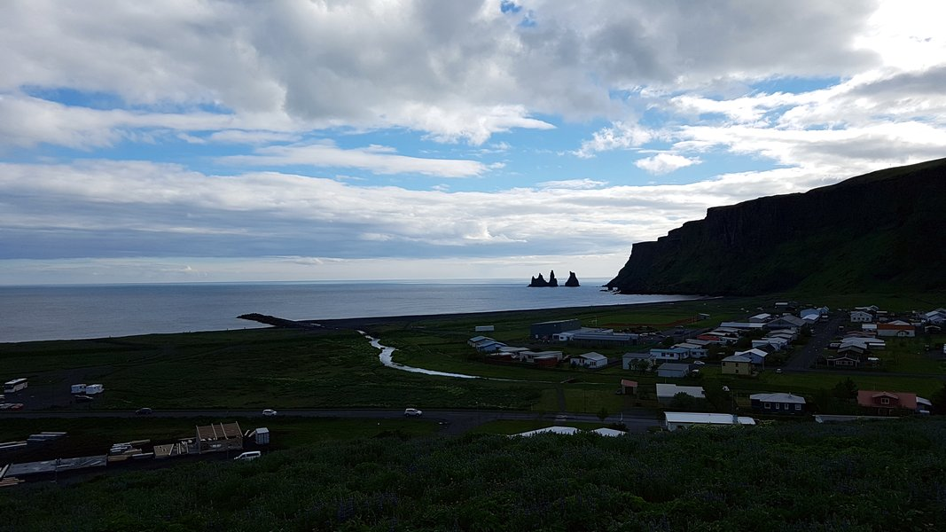 Praia de Areia Preta Islândia - Praia de Víkurfjara na cidade de Vík í Mýrdal